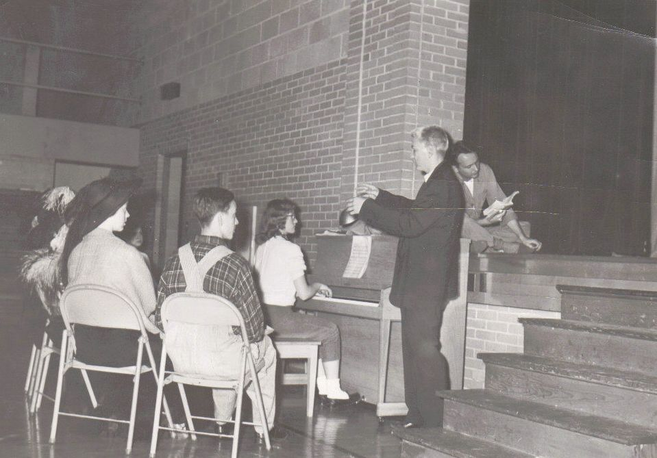 chillicothe-illinois-high-school-1957_4361935267_o.jpg