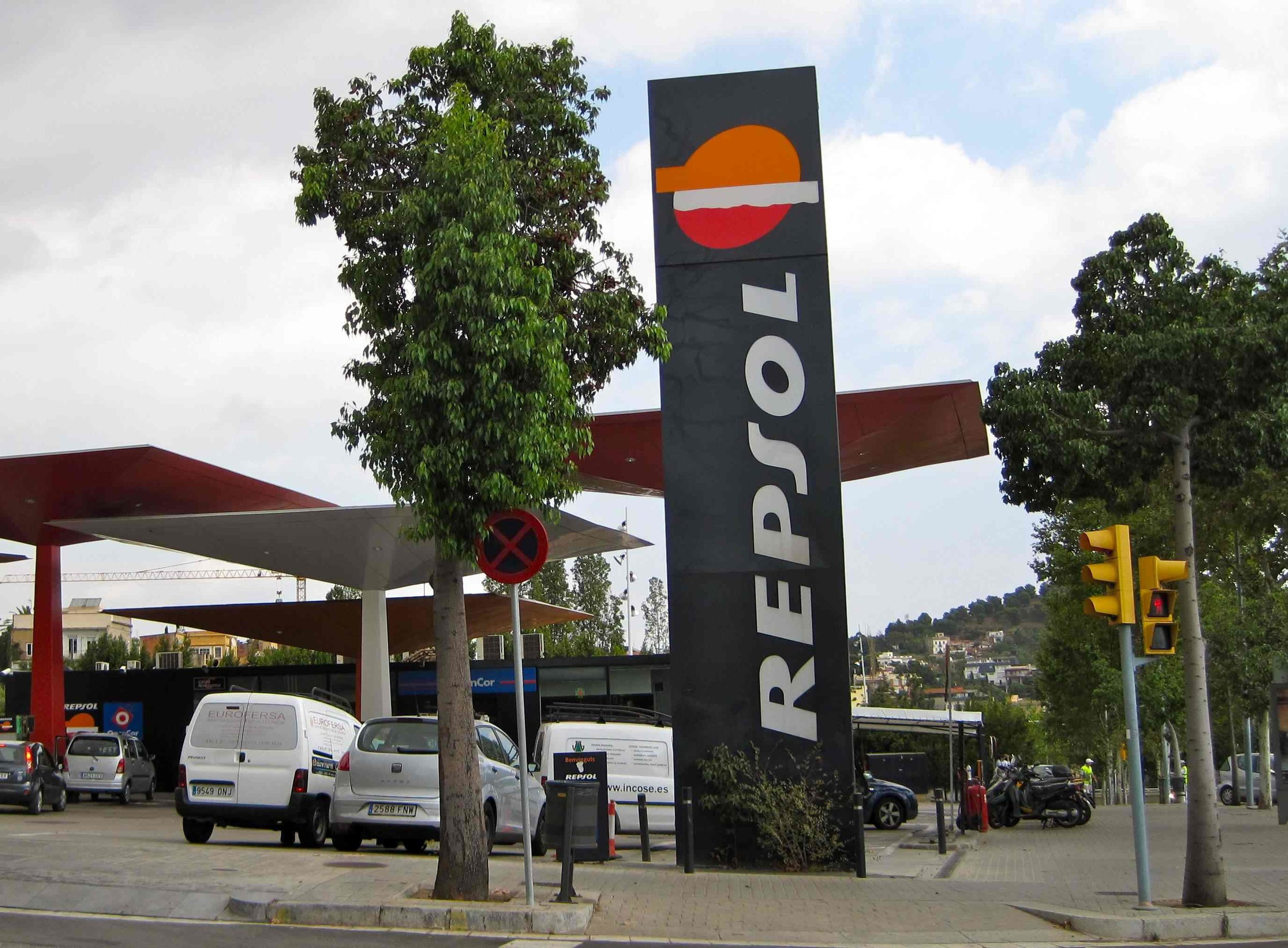Repsol Gas Station