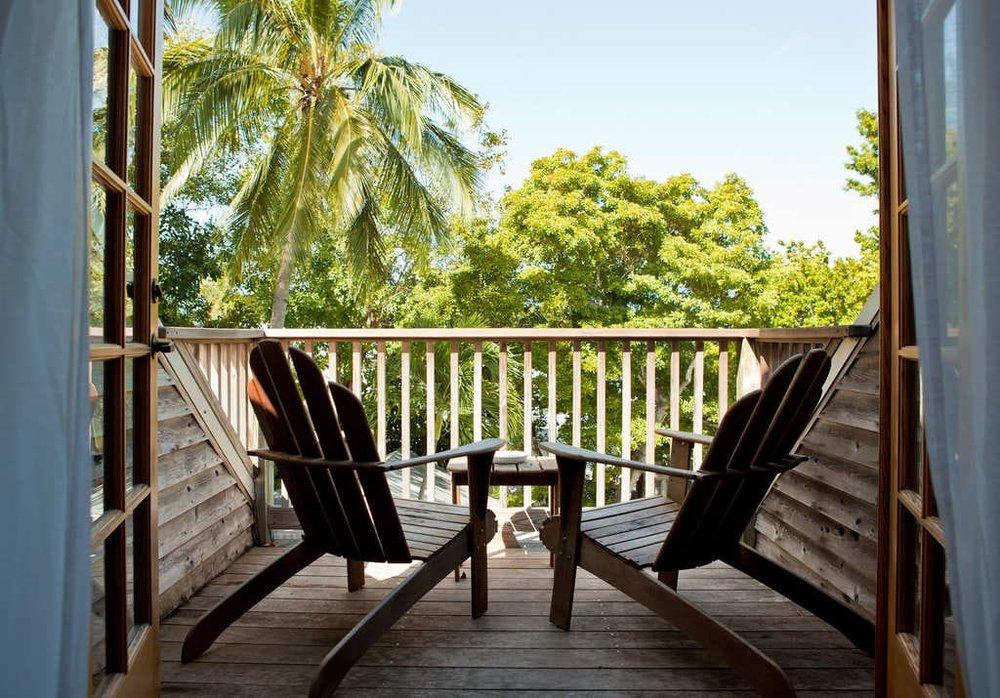 Island-city-house-key-west-patio.jpg