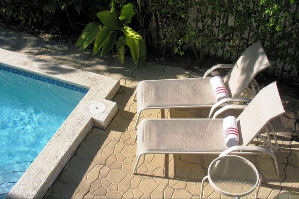 Duval-Gardens-Pool.jpg