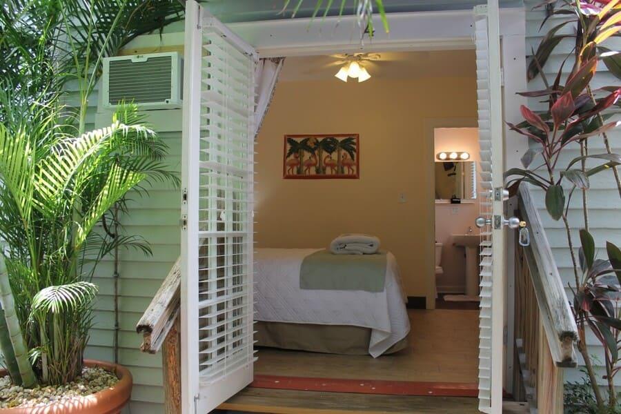 grand-guesthouse-key-west-room-4.jpg