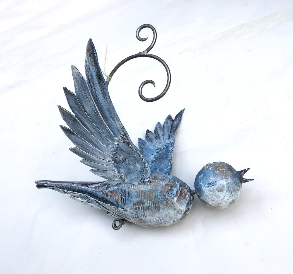 Pale bluebird2018-01.JPG