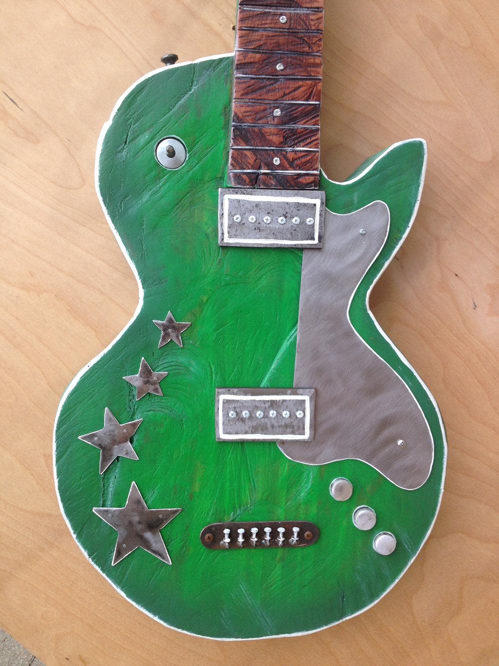 green-guitar-02_26436074652_o.jpg