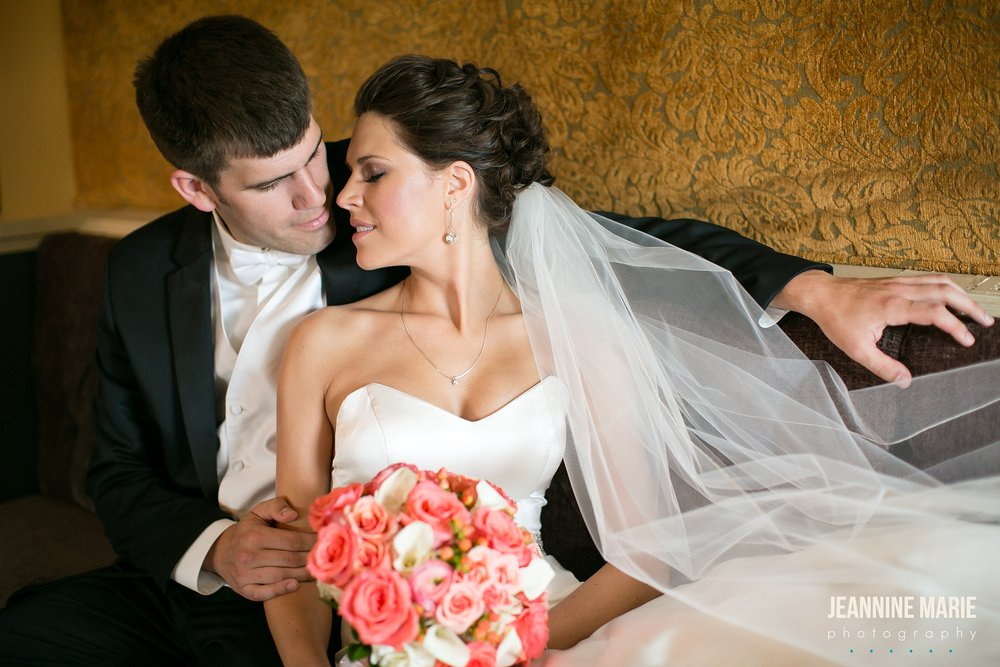 Jeannine Marie Photography, Minneapolis wedding photographer, Jeannine Marie Photography_1658.jpg