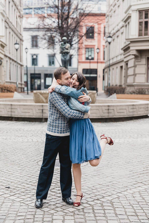 kjærestebilder_forlovelsesfotografering_bryllupsfotografering_bryllupsfotograf_fatmonkeyfoto_©Ann-sissel-holthe_Bildet får IKKE brukes av andre enn fotografen_fotograf_fatmonkey_bærumsverk__6058.jpg