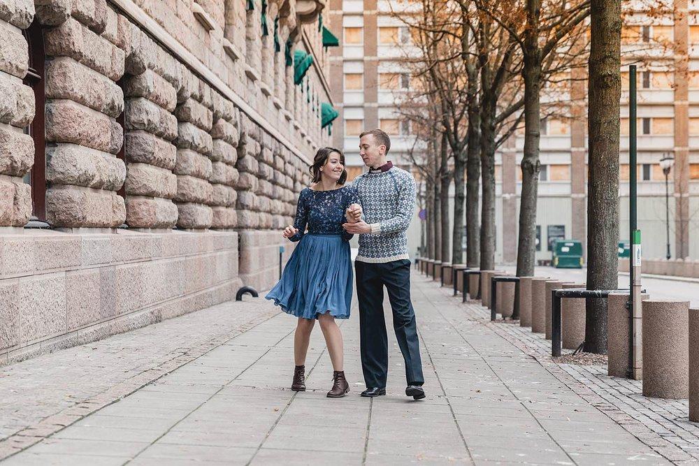 kjærestebilder_forlovelsesfotografering_bryllupsfotografering_bryllupsfotograf_fatmonkeyfoto_©Ann-sissel-holthe_Bildet får IKKE brukes av andre enn fotografen_fotograf_fatmonkey_bærumsverk__6144.jpg