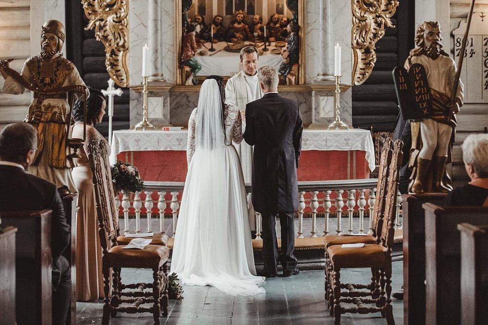 bryllupsfotografering-drobak_laavebryllup_bryllupsfotograf_weddinghotographer_©Ann-sissel-holthe_0104.jpg