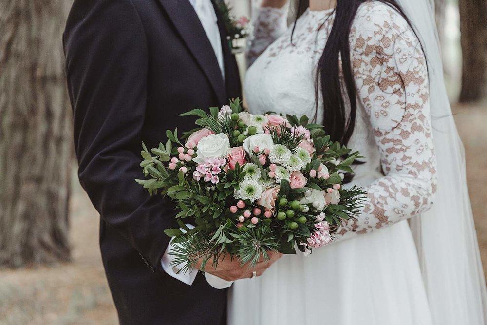 bryllupsfotografering-drobak_laavebryllup_bryllupsfotograf_weddinghotographer_©Ann-sissel-holthe_0095.jpg