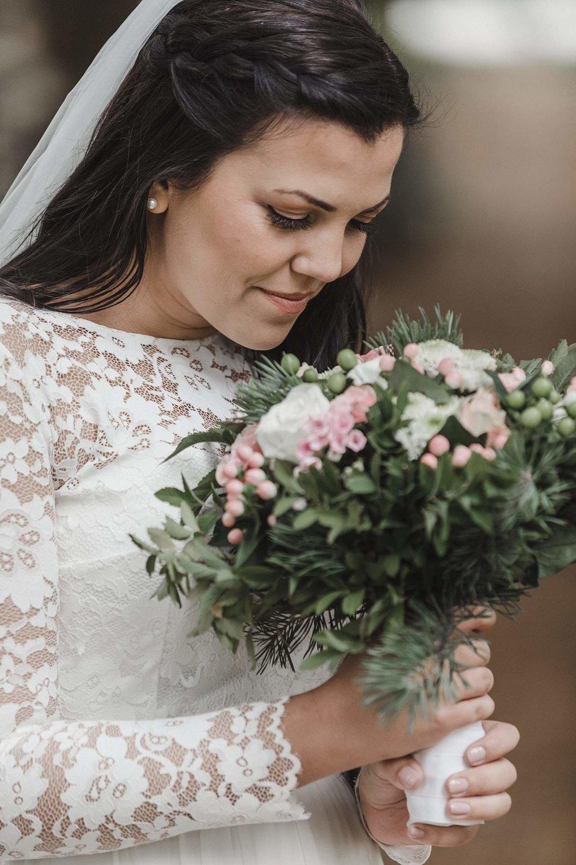 bryllupsfotografering-drobak_laavebryllup_bryllupsfotograf_weddinghotographer_©Ann-sissel-holthe_0087.jpg