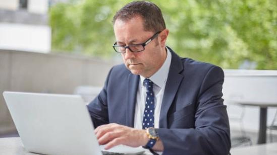 man+laptop.jpg