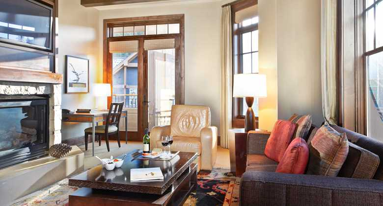 northstar_tahoe_res_polaris_livingroom_full_2560.jpeg