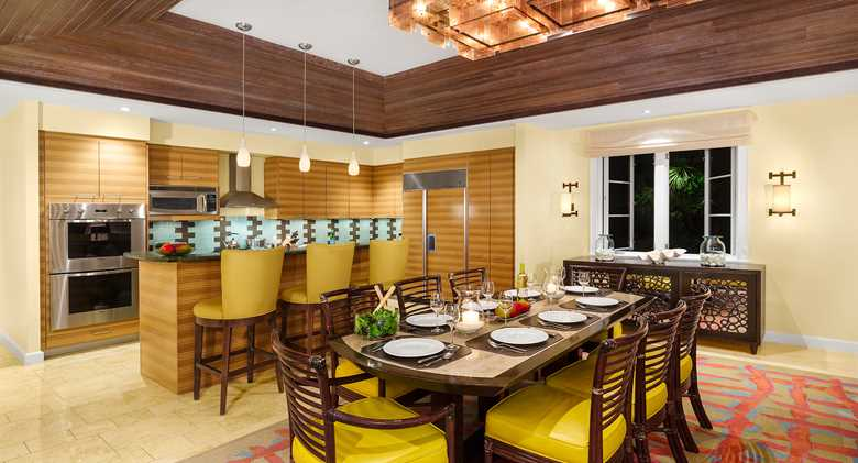 grandcayman_res_starlet_diningkitchen_2560.jpeg