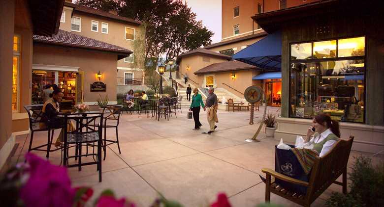 ColoradoSprings_Res_Broadmoor_Mall.jpeg