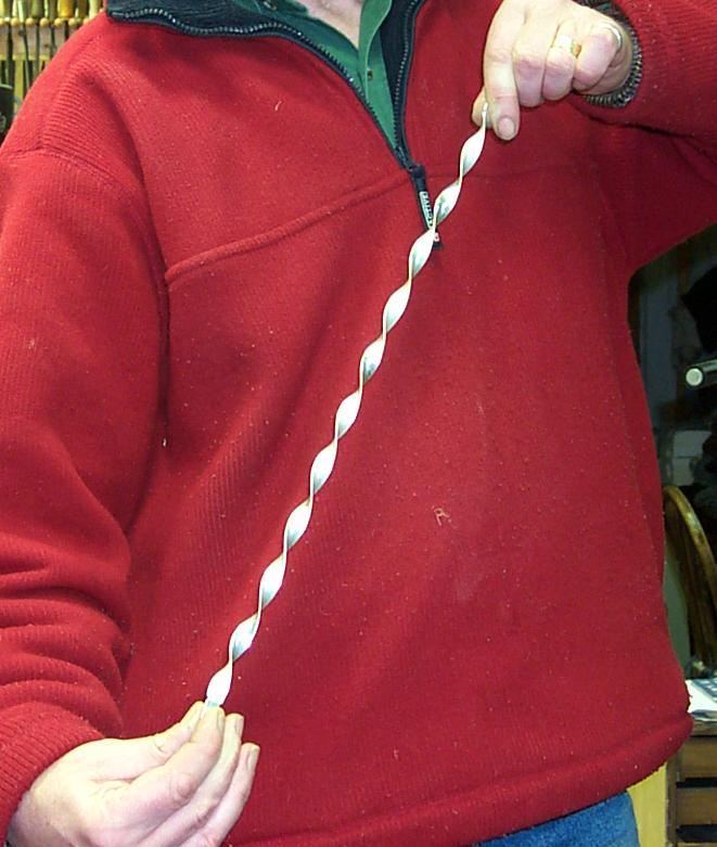 Twisting ribbon by hand