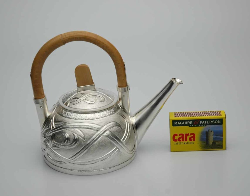 Teapot with Cane handle.jpg