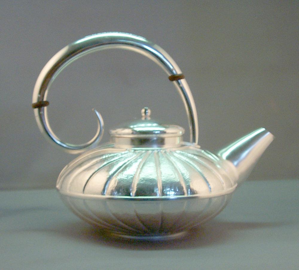 Chased Teapot.jpg