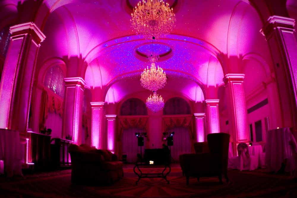 UPLIGHTING DESIGN -