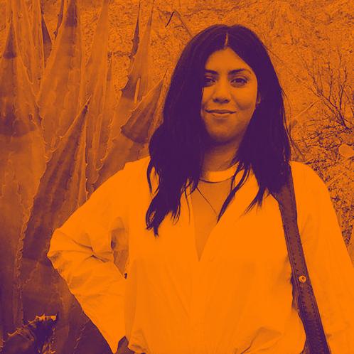 Lizzy Guevara facebook 01 GRADIENT 1x1.jpg