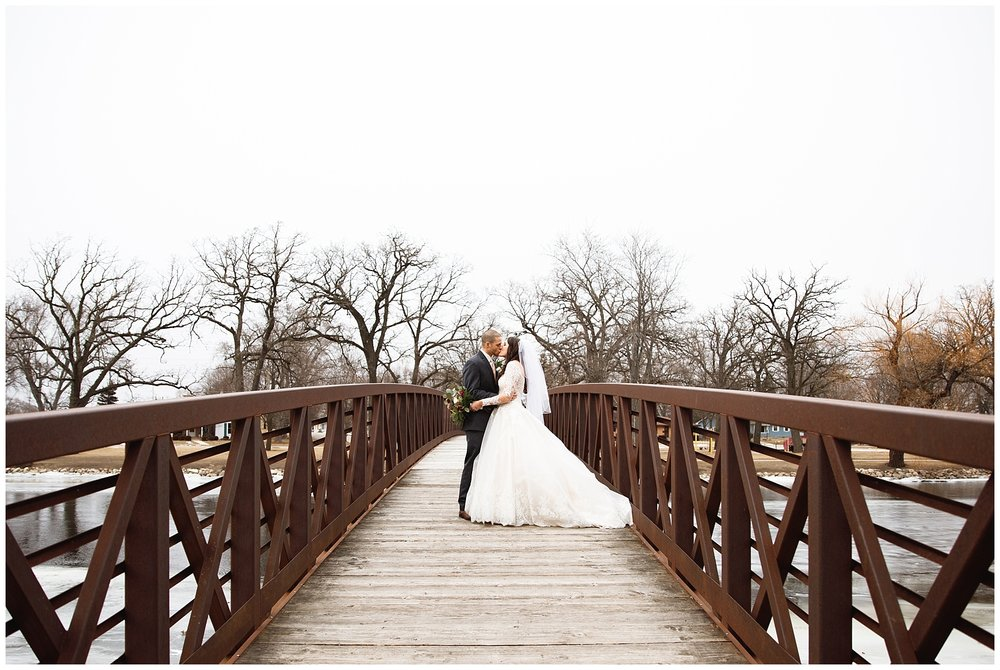 Kylie-Don-Winter-Wedding-chelsea-matson-photography_0094.jpg