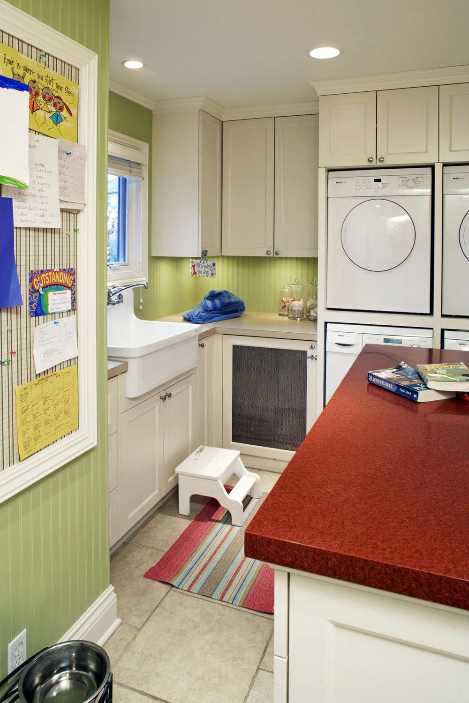 Apron-Organize-Sink.jpg
