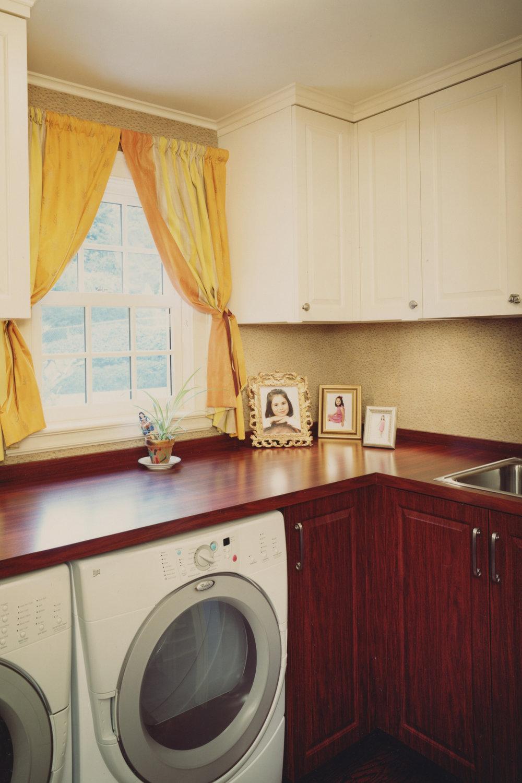 Garage-Washer-Dryer.jpeg