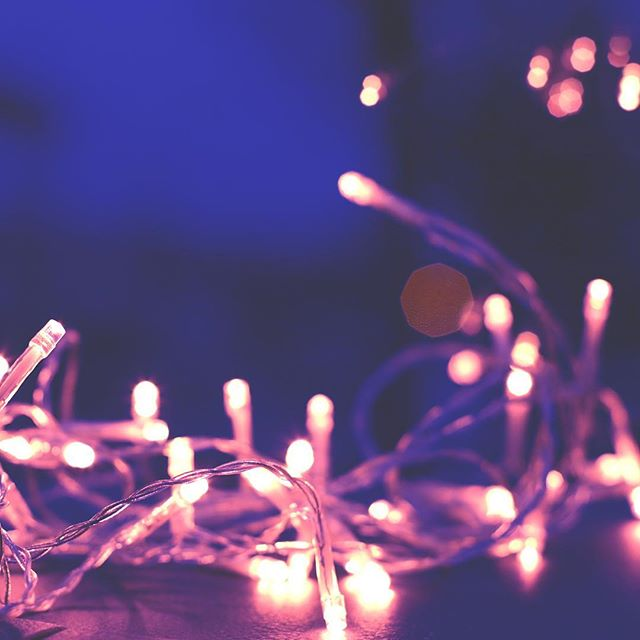 Use LED lights this holiday season to save electricity and reduce overall costs! 💙🎄💜 . . . #smartmeter #thefutureisnow #switzerland🇨🇭 #energymeter #smarthouse #saveelectricity #switzerland #zürich #züri #zurich #zuri #schweiz #ticino #winterseason