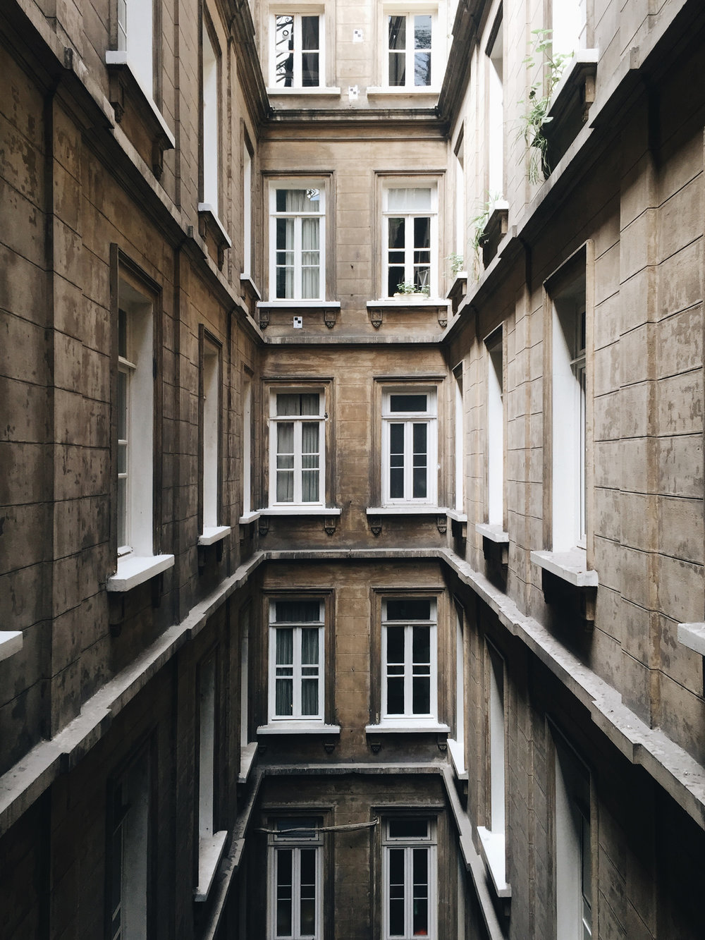 - BG Architects is an Istanbul based architecture firm, founded in 1997 by Bülent Güngör, M.Arch.Along with urban design, educational, residential, commercial, cultural and mixed-use architectural projects with various functions and scales, the firm also provides services in interior architecture and restoration&renovation fields.While maintaining complementary services like design consultancy and application supervision, the main mission of BG Architects is to deliver design output that responds to social, environmental and functional parameters and adds value to the user and its context. According to these objectives, the company advances its practices with offices in Bodrum, Princeton/NJ and Bucharest, combining localand traditional fund of knowledge with contemporary materials and techniques.