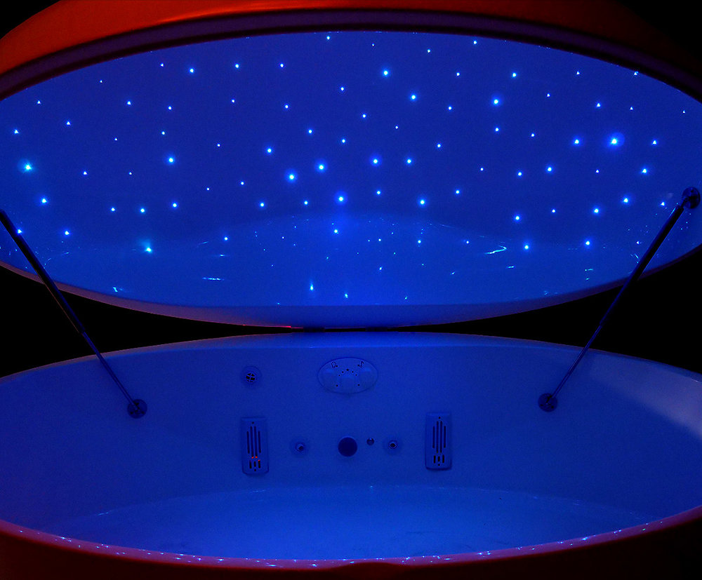 Fiber Starlight Option - Both the Evolution Float Pod and Float Orb can be equipped with a upgraded fiber-optic starlight ceiling. The fiber stars can change color and twinkle in and out of the 150 fiber-optic strands that are micro-drilled and threaded into the lid of the pods.