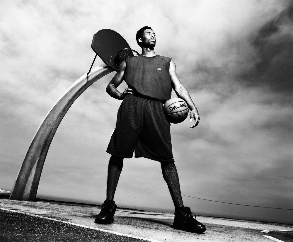 Kobe Bryant, 2001