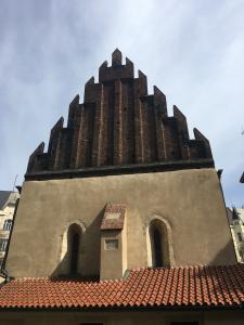 jewish-ghetto-oldest-synagoge-in-europe.jpg