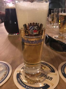 berlin-beer-tour-tasting-beer.jpg