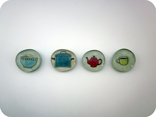 kid crafts glass magnets