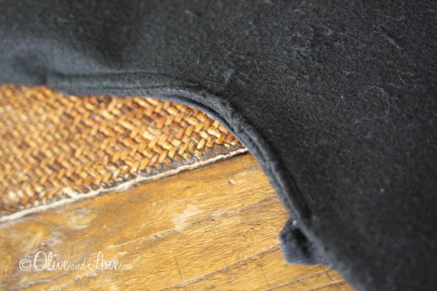 http://www.oliveandlove.com/2011/10/simple-owl-costume-tutorial-happy.html