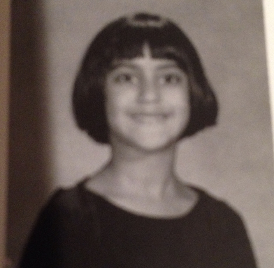 unfortunately don't have a pic w the dress but thought you'd like to visualize the haircut. cute ik.