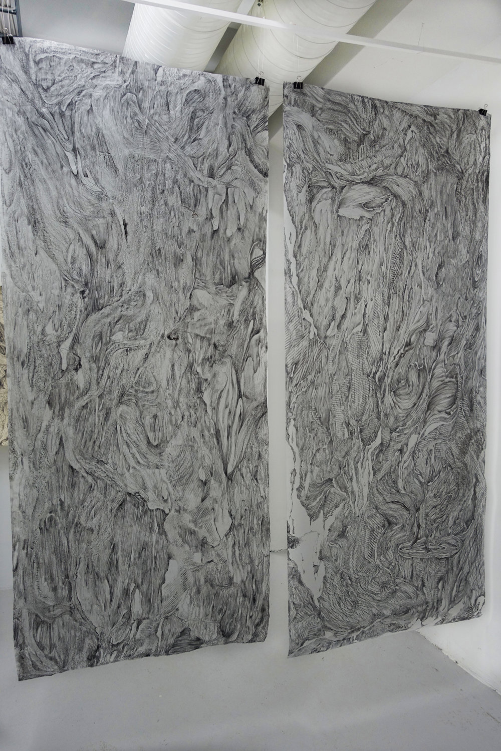 2.Charcoal drawing on rough paper 213x90cm,2013x92cm.2017.jpg
