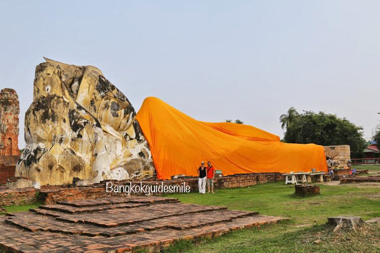 bangkoktourguide-watlokayasutharam-recliningbuddha-ayutthaya-01.jpg