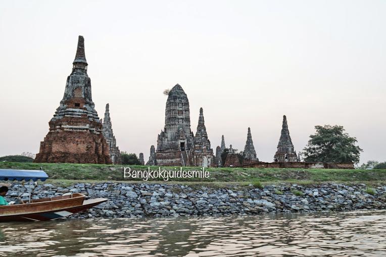 bangkoktourguide-riverboat-ayutthaya-03.jpg