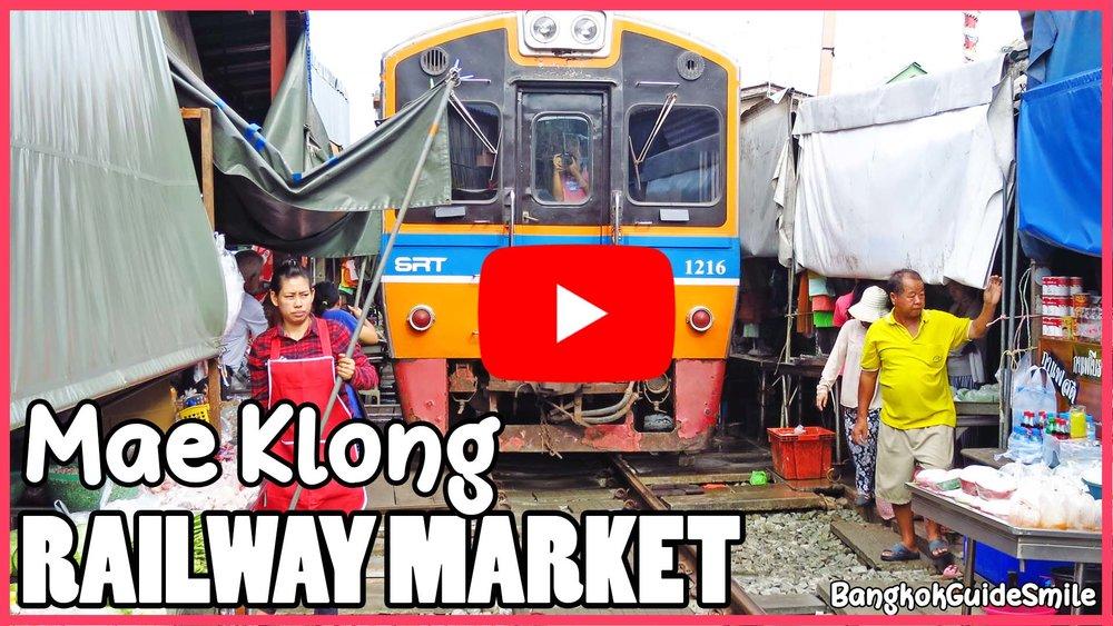Bangkok-Guide-Smile-Private-Tour-Railway-Market-Maeklong-02.jpg