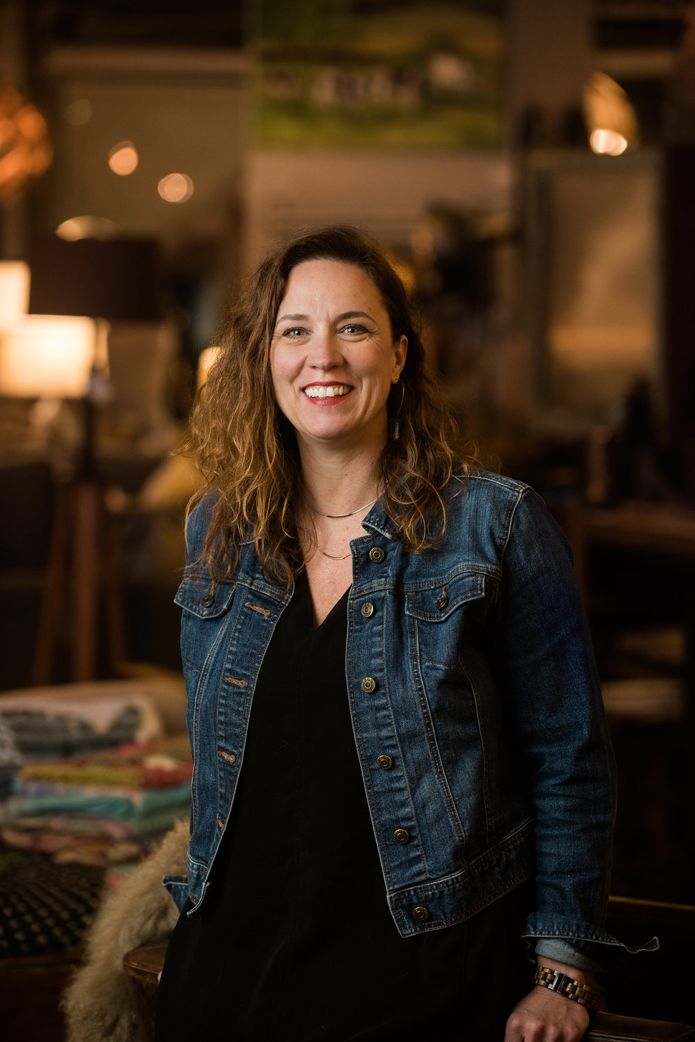 Kim Hubbard is the owner and creative force behind k2Studio. Kim connects on a deep level with homeowners to help fill their space with functional beauty. -