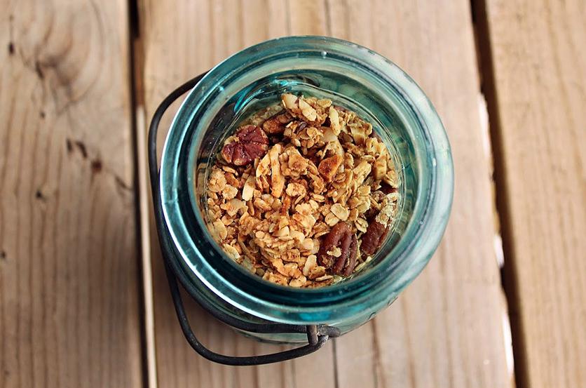 honey-nut-granola.png