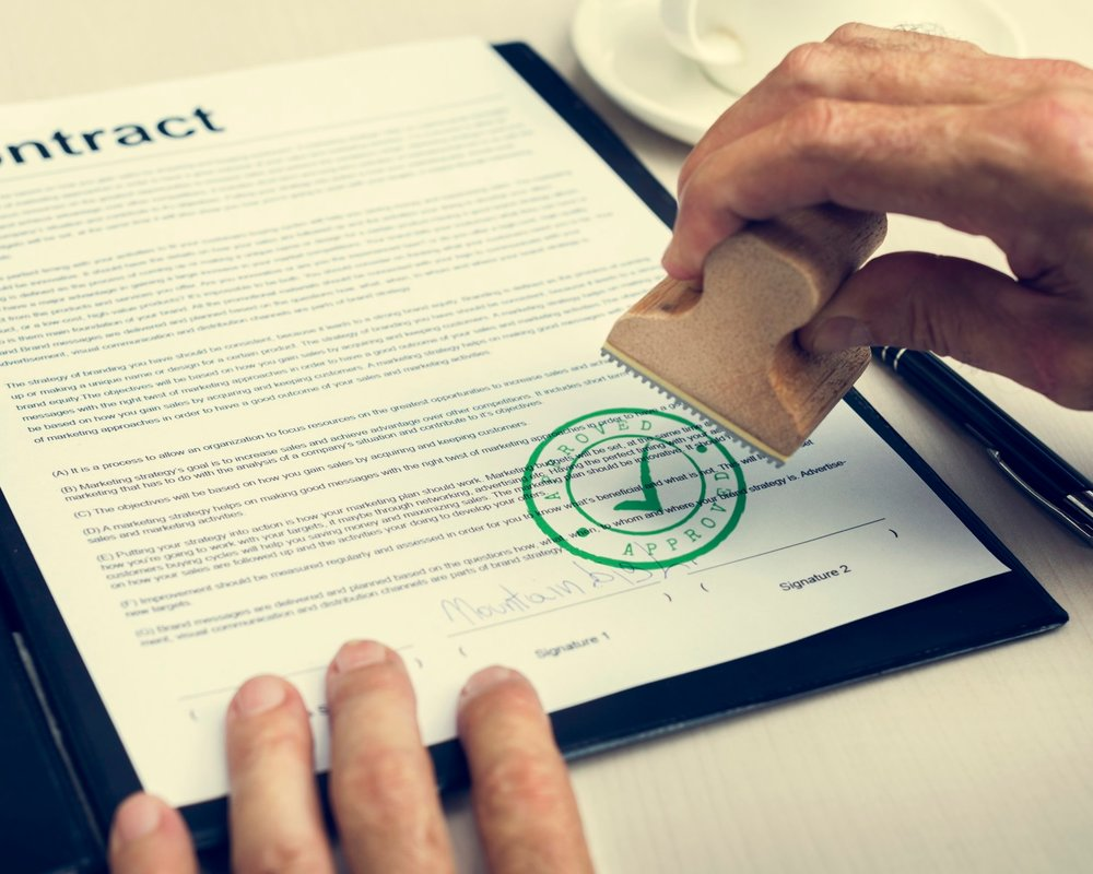 business-contract-form-document-concept-xxl.jpg