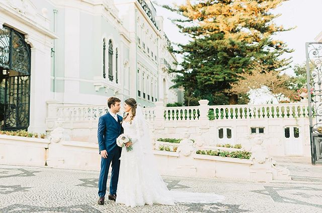 J&P do Brasil para Portugal ❤️ Hair & Make up @veragarciamakeup  Event coordinator, styling, flowers @myfancyweddingpt  Dj @jecothompson @your_jukebox #weddings #weddingday #weddingphotography #bride #weddinginspiration #weddingdress #weddingphotographer #weddingplanner #bridal #weddingideas #weddingplanning #brides #weddingseason #groom #bridetobe #weddingflowers #weddingphoto #engaged #instawedding #weddinginspo #engagement #events #weddingdecor #weddingparty #theknot #weddinggown #weddingstyle #ido #weddingdresses #juliaepaulolisboa