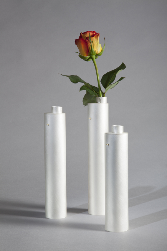 Juliette_Bigley_Tall_Vases_Sterling_Silver_and_18ct_Gold_2015_3.jpg