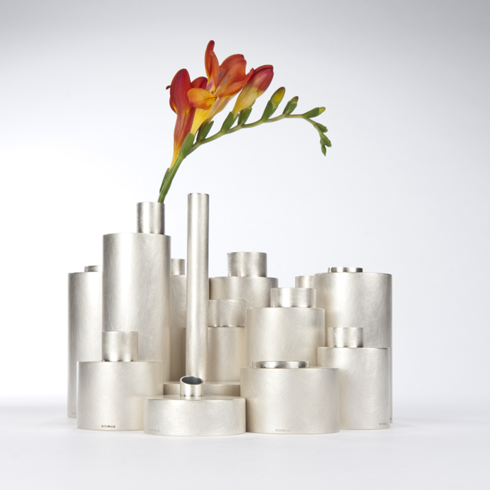Juliette_Bigley_Tall_Vases_Sterling_Silver_or_patinated_copper_2014_9.jpg