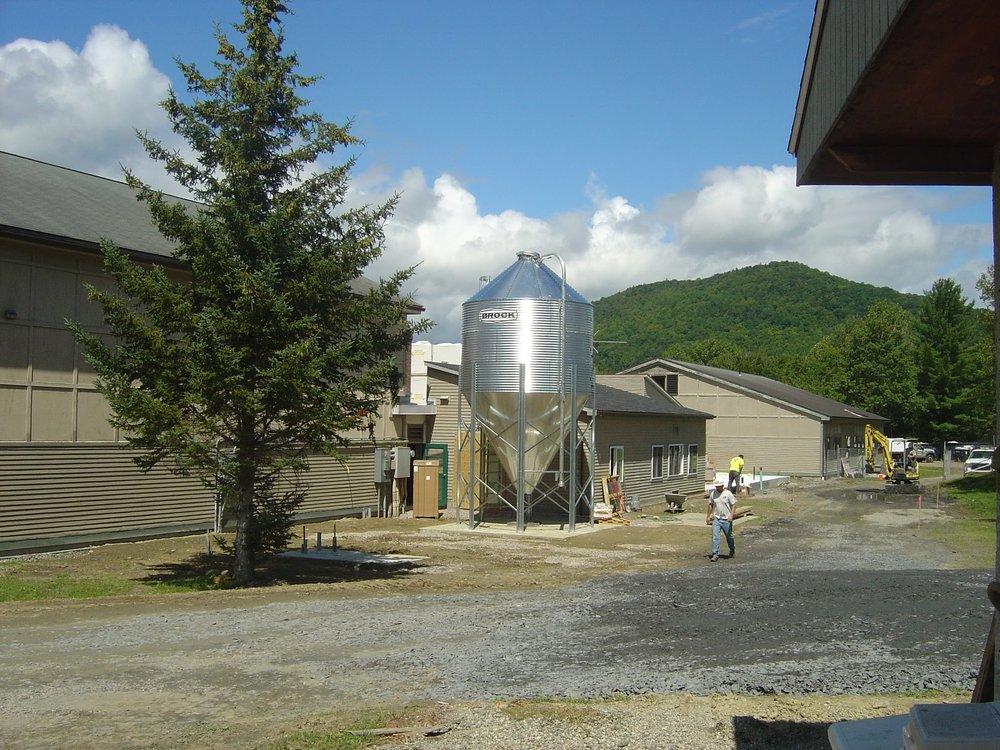 Rumney pellet silo DSC03160 (1).JPG