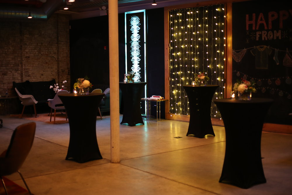 RECEPTIONS - Be it a small social gathering for friends or large networking event for corporate clients, our versatility allows us to meet all our client's needs.