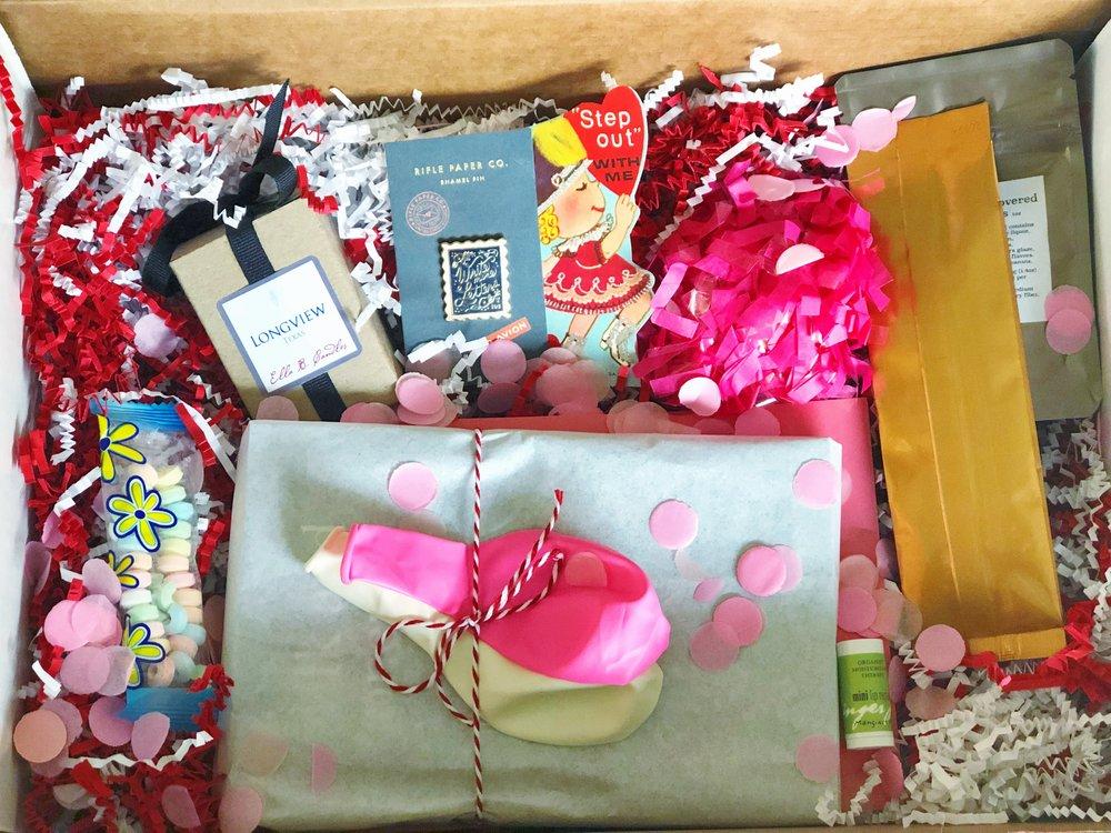 custom-birthday-box-gift.JPG