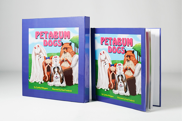 Petabum  book collection. Petabum books (Cat & Dog versions available) are special pet journals that were designed to help the owners keep precious memories through personal information and photographs.