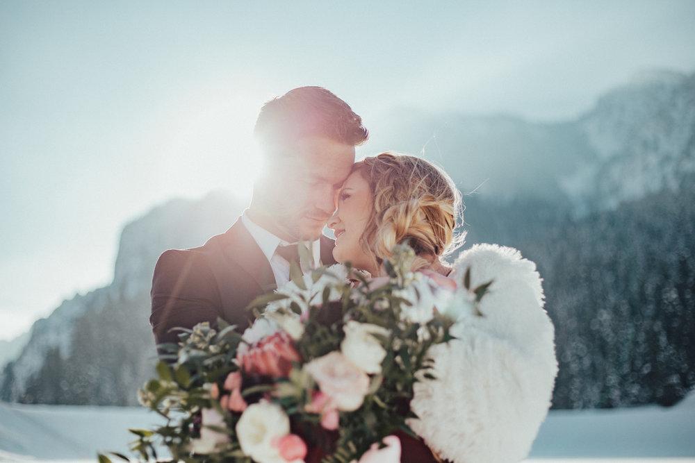 Romantic Valentine's couple shoot Utah wedding photographer