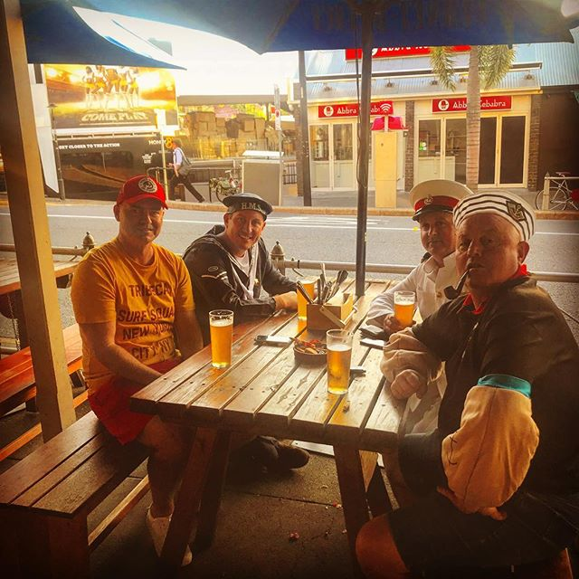 Just an average Tuesday arvo with Popeye and co. #tuesdaybeers #popeye #tuesdaymotivation #pizza #beer